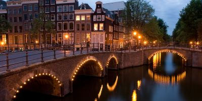 travel hack amsterdam free flights budget