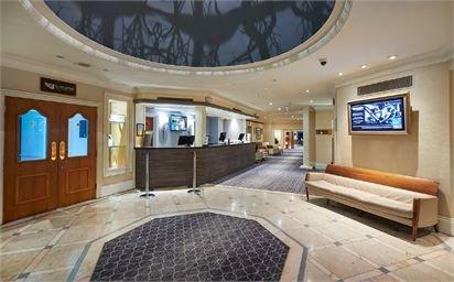 Hilton St Anne's Manor Entrance